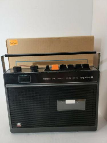 st 220 ac dc cassette tape recorder
